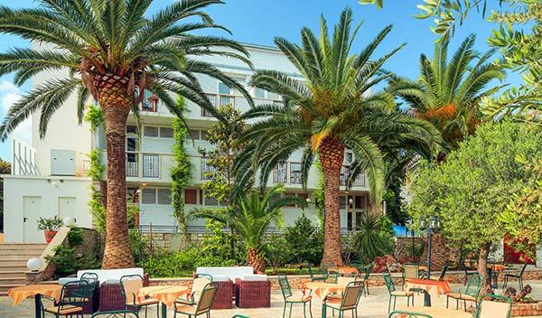 Hotell Villa Adriatica - Supetar