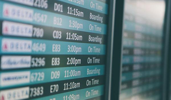 Boardingtavla i flygplats
