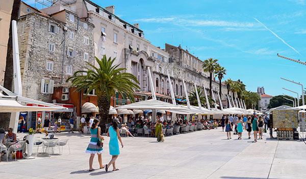 Promenadstråk i Split, Kroatien